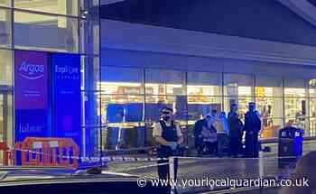 Multiple stabbings reported in Garratt Lane, Wandsworth