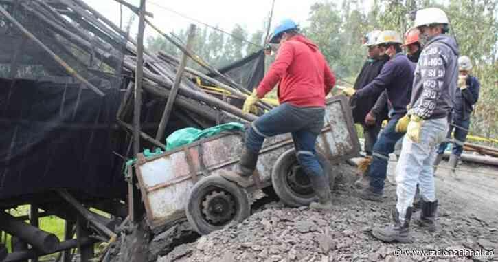 Socorristas intentan rescatar a mineros atrapados en Tuta, Boyacá - http://www.radionacional.co/