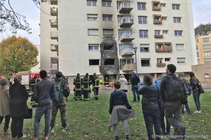 Ecully : une fuite de gaz enflammée endommage un immeuble d'habitation - France 3 Régions