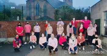 Personeel basisschool één dag in het roze