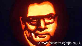 Derry woman's tribute to John Hume with peacemaker pumpkin