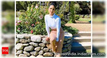 Sunny Leone gears up to fly back to Mumbai