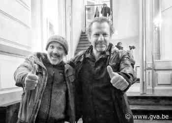 Dimi Dumo verantwerpst dEUS-hit (Hoboken) - Gazet van Antwerpen Mobile - Gazet van Antwerpen