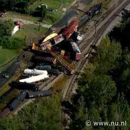 Video   Ravage na ontsporing trein met chemicaliën in VS
