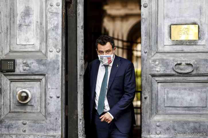 """Salvini inchioda la Lamorgese: """"Quanti altri terroristi sono spariti dopo essere sbarcati"""""""