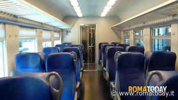 Ubriaco sul treno si masturba davanti a passeggera