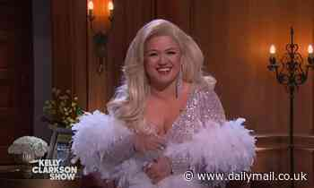 Kelly Clarkson sizzles as she dresses up as Meryl Streep's character Madeline