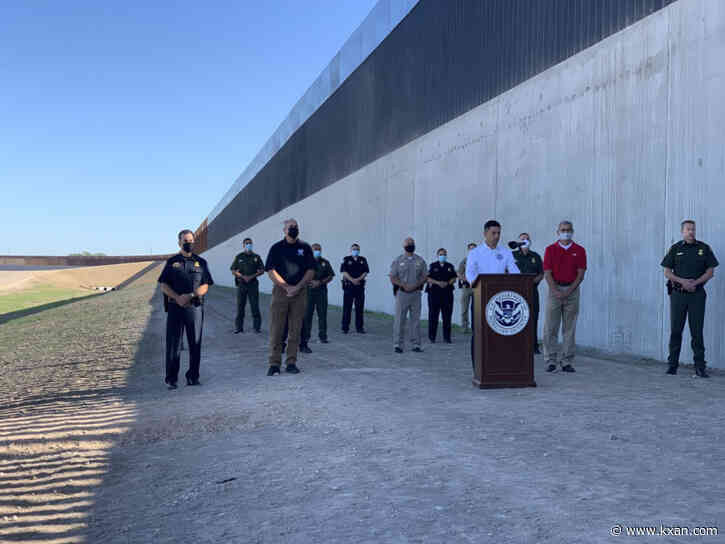 In latest ceremony before election, DHS leader commemorates 400th mile of new border wall