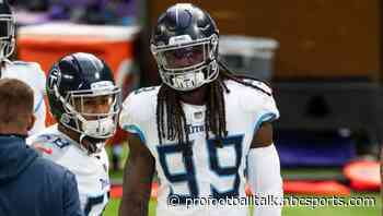 Jadeveon Clowney, Dennis Kelly among Titans back at practice