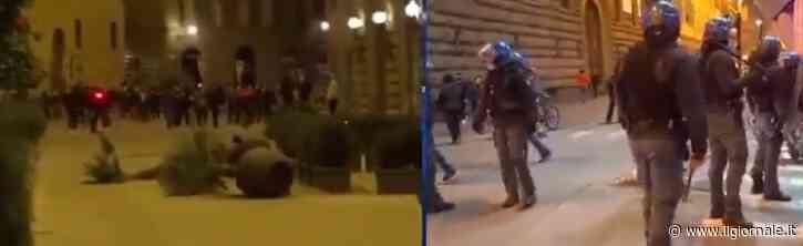 Ancora rivolta contro il dpcm: guerriglia nel centro di Firenze