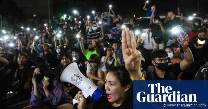 Thailand protests: three pro-democracy leaders hospitalised after melee outside police station