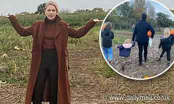 Emma Willis takes children to (empty!) pumpkin patch for Halloween
