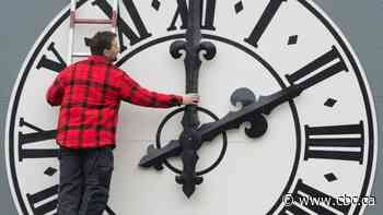 No changing clocks in Yukon this weekend, as territory scraps seasonal time change