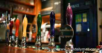 Pubs, restaurants and non-essential shops set to close in England
