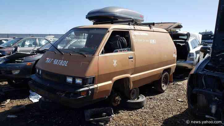 Junkyard Gem: 1987 Toyota Van, Rat Patrol Edition