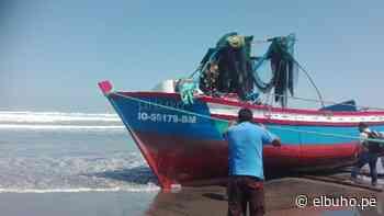 Embarcación se vuelca con cuatro tripulantes en Punta de Bombón - El Búho - El Búho Noticias de Arequipa
