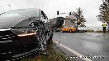 Unfall mit vier Fahrzeugen: B8 bei Burgthann gesperrt - Nordbayern.de