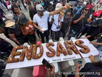 Thousands Of Commuters Stranded As #ENDSARS Protesters Block Bwari, Dutse Road - Daily Independent