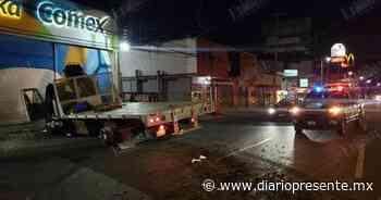 Reportan accidente de grúa en Adolfo Ruiz Cortines - Diario Presente