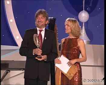 Gigi Proietti miglior attore di Fiction nel 2001 a Saint-Vincent - Bobine.tv