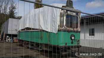 Einst verkehrte der Wagen zwischen der Großstadt und Eningen: Bei Ebay: Reutlinger Straßenbahnwagen - SWP