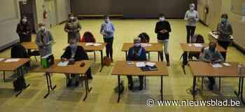 Cursus 'smartphone voor beginners' succes (Lo-Reninge) - Het Nieuwsblad