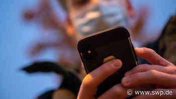 Corona in Bad Urach und die Kontaktformulare: Der neue Kuli ist das Handy - SWP