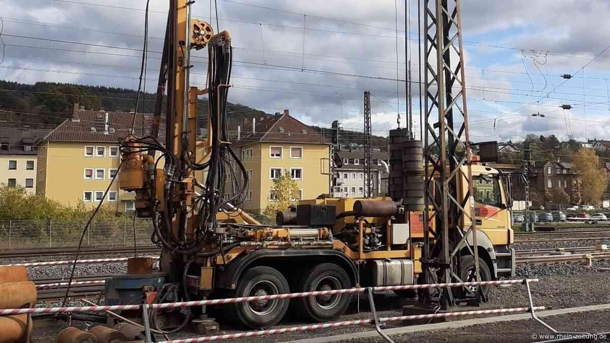 Nach Bahnunglück: Bohrung des ersten Brunnens in Lahnstein hat begonnen - Rhein-Zeitung