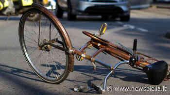 Incidente alla rotonda di Quaregna: ciclista a terra - newsbiella.it