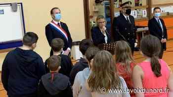 Les élèves du collège de l'Esplanade, à Saint-Omer, rendent un hommage poignant à Samuel Paty - La Voix du Nord