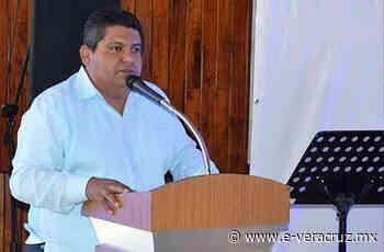 """Alcalde de Tuxpan, señalado por """"robar"""" programa de Gobierno - e-consulta Veracruz"""