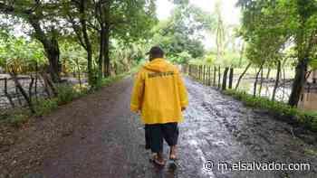 Los habitantes de Santa Marta, Tecoluca, que no son tomados en cuenta para evacuar zona de riesgo por inundación - elsalvador.com