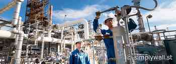 Here's What We Learned About The CEO Pay At Valero Energy Corporation (NYSE:VLO) - Simply Wall St