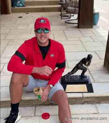 Luke Bryan Put A Curse On Tim Tebow's Heisman Trophy - Awesemo.com