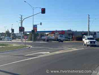 Echuca traffic lights working after four-month delay - Riverine Herald