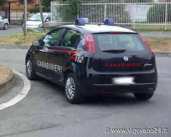 Cava Manara: rubano un'auto ma vengono inseguiti e bloccati dai carabinieri, denunciati due ragazzi - Vigevano24.it