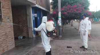 Coronavirus: Pobladores de Picsi se unen para fumigar sus casas y su calle   LRND - LaRepública.pe