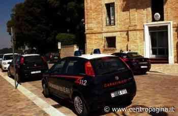 Polverigi, si accorge dei carabinieri e lancia dal finestrino un pacchetto di caramelle con dentro la cocaina: arrestato - Centropagina