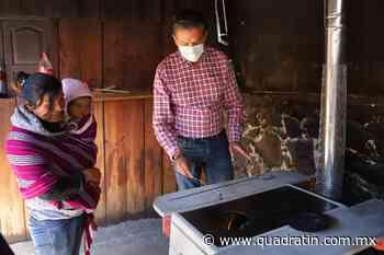 Entrega Semaccdet 25 estufas ecológicas en comunidad de Uruapan - Quadratín - Quadratín Michoacán