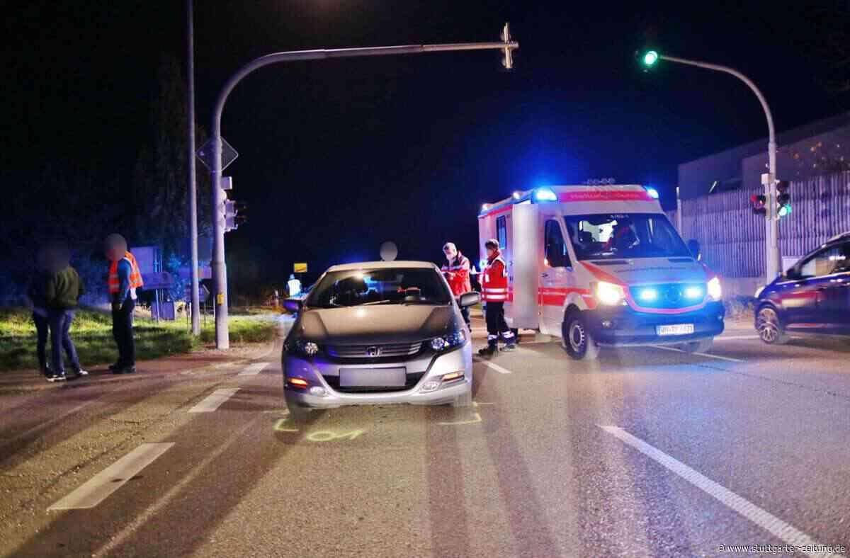 Unfall in Welzheim - Betrunkene Autofahrerin erfasst Fußgängerin – Mutter und Kind verletzt - Stuttgarter Zeitung
