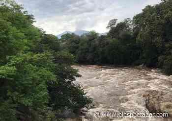 Desbordamiento de dos ríos pone en emergencia a Cimitarra, Santander - El Espectador