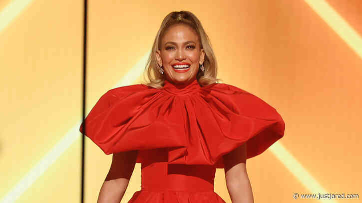 Jennifer Lopez Gives Inspiring Speech at People's Choice Awards 2020 After Being Named the People's Icon!
