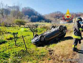Fuori strada con l'auto, capotta in un campo vicino a Borgosesia - tgvercelli.it