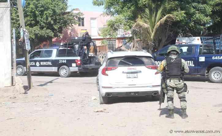 """Registran ataque contra policías de Navolato, Sinaloa; aseguran vehículo con """"lanza púas""""   El Universal - El Universal"""