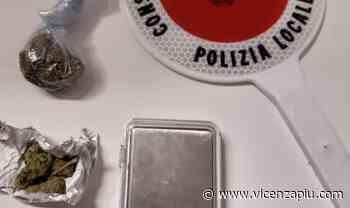 Villaverla, controllo su 5 giovani in auto 5 minuti prima del coprifuoco: trovata droga, ritirata patente - Vicenza Più