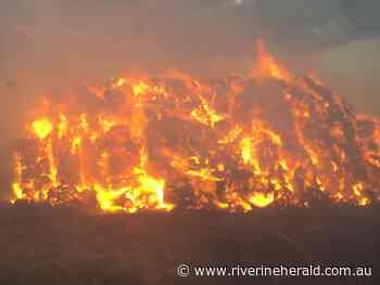 Bales and vehicles destroyed in Echuca Village haystack fire - Riverine Herald