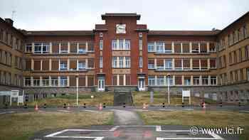 """Attention, l'hôpital de Garches ne va pas fermer pour """"museler"""" le Pr Perrone qui y travaille - LCI"""