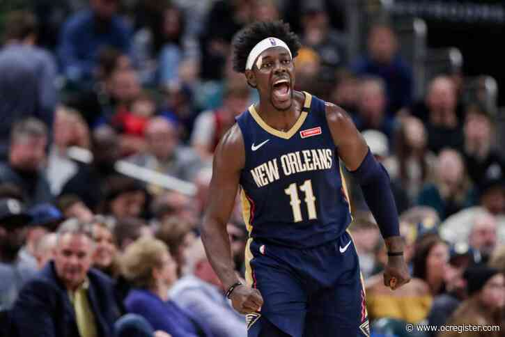 AP Source: Bucks getting Jrue Holiday to play with Antetokounmpo