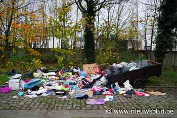 Alweer groot sluikstort in Gent: zelfs de aanhangwagen staat er nog
