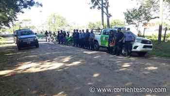 La policía interrumpió una reunión clandestina en el barrio Santa Rita - CorrientesHoy.com